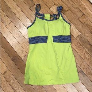 Athleta built in bra tank top shirt blouse legging